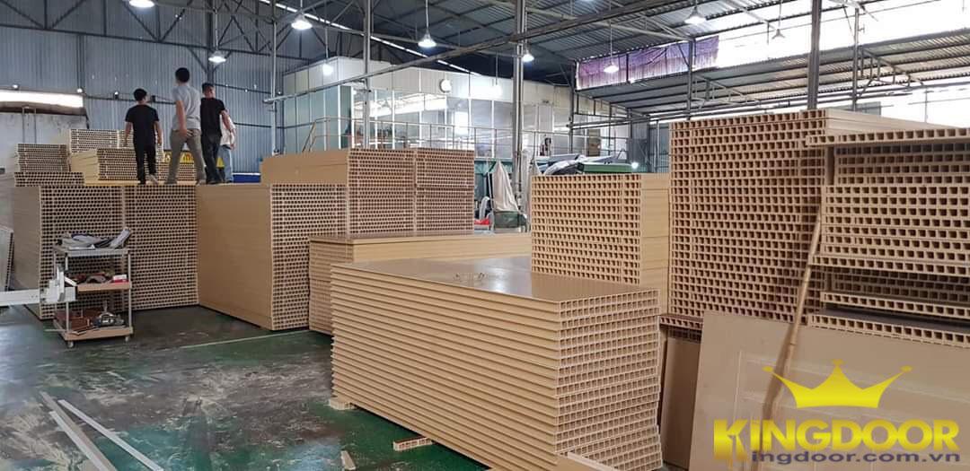 nguyên vật liệu sản xuất cửa nhựa composite